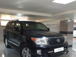 گزارش کارشناسی خودرو تویوتا لندکروز